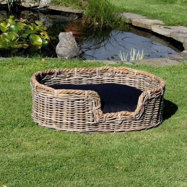 Curved Dog Basket With Cushion