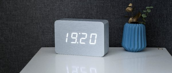 Brick Aluminium Click Clock White LED
