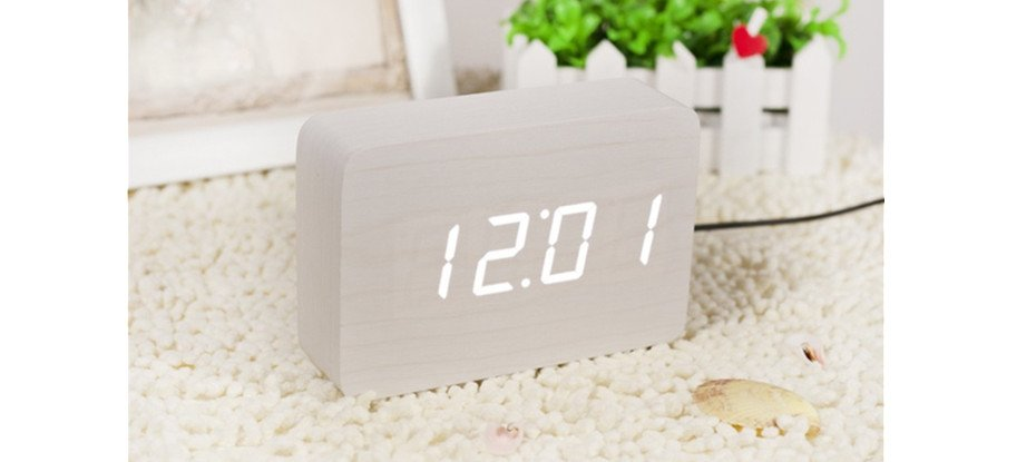 Brick White Click Clock White LED