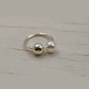 Double Ball Silver & Pearl Ring