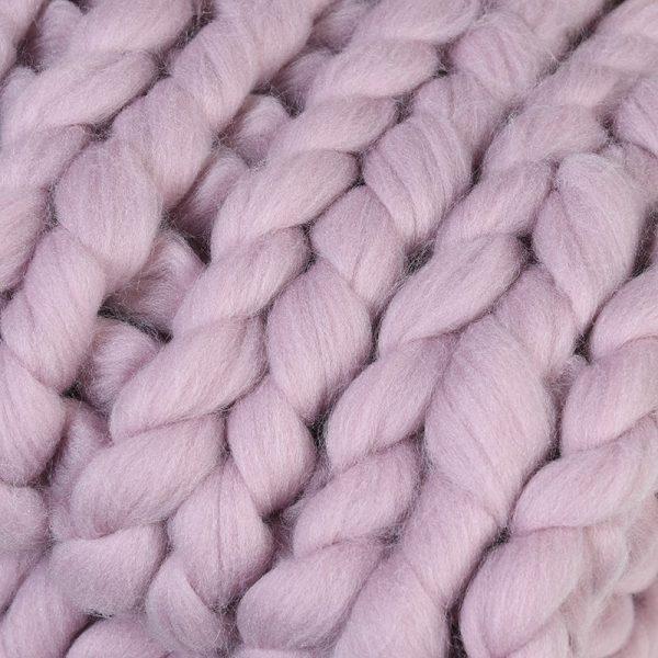 Blush Chunky Iceland Thick Yarn Blanket