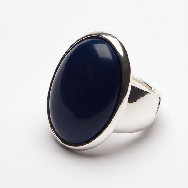 Navy Oval Face Ring