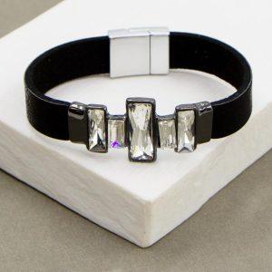 Single Strand Bracelet with Crystals