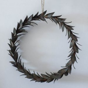 Vintage Wreath of Leaves