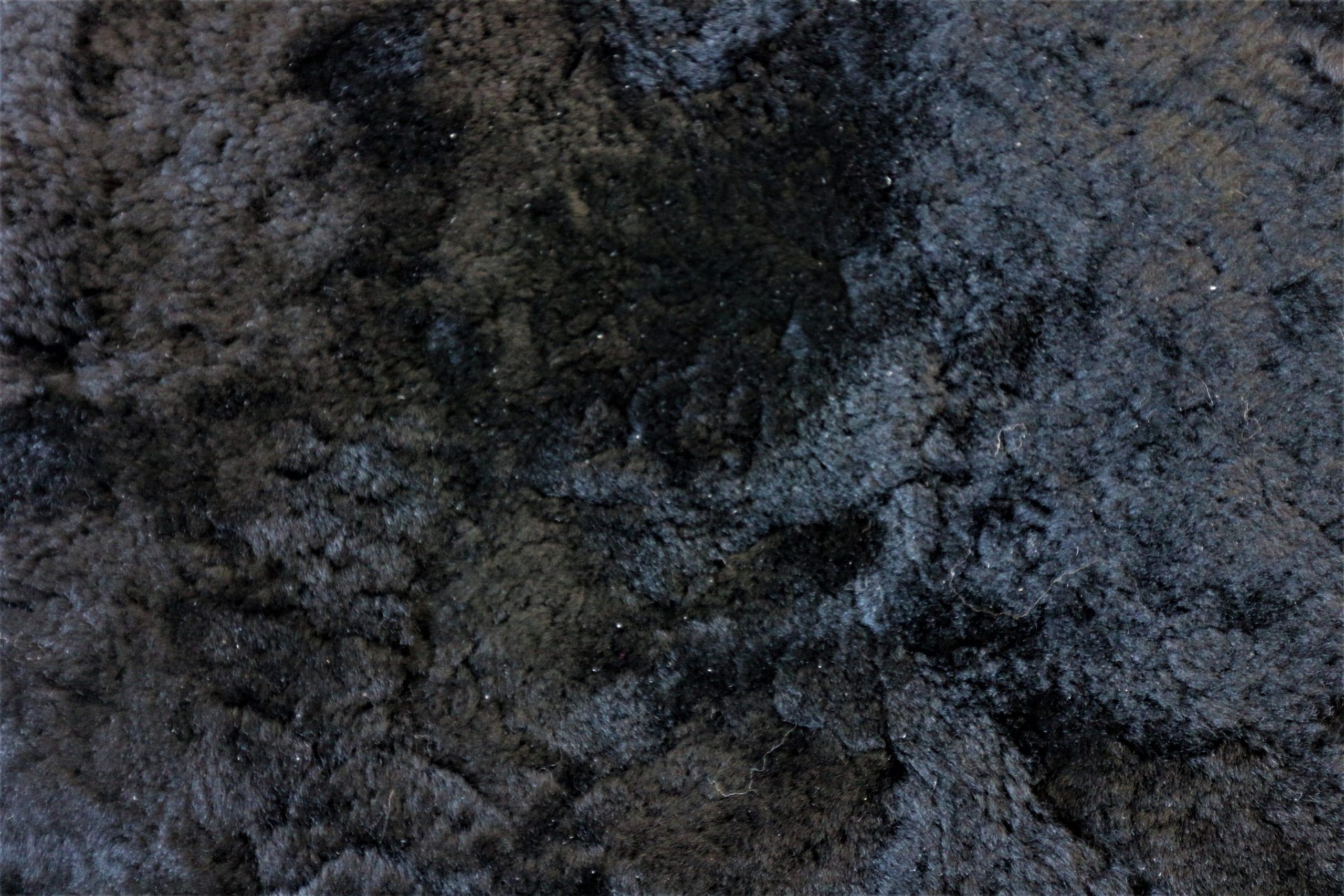 Black Shearling Sheepskin Rug