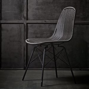 Moulded Dining Chair With Wooden Legs Black